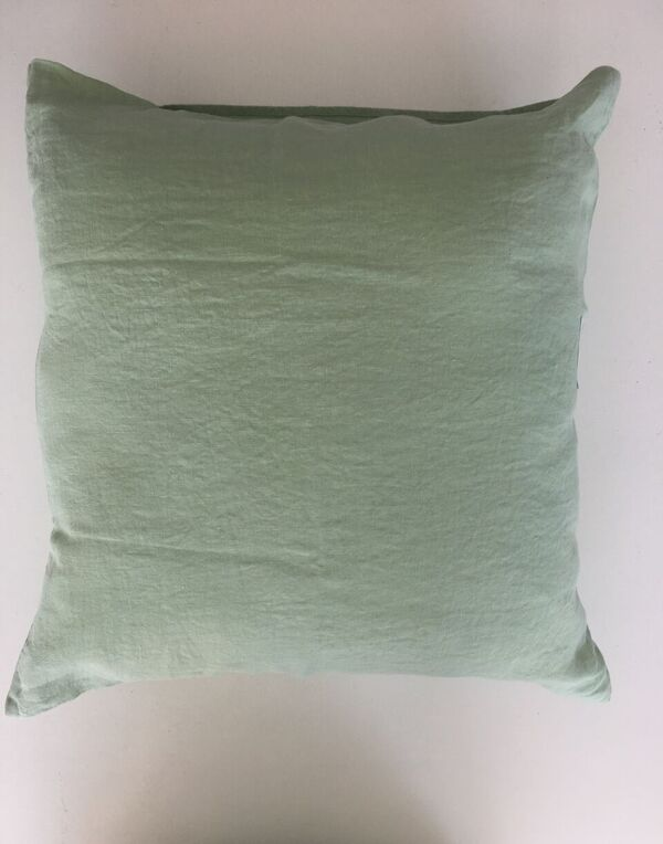 Federa per cuscino in lino lavato 50x50 linge particulier for Divano verde salvia