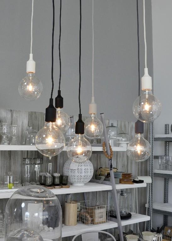 muuto e27 nera la tua lampada a sospensione. Black Bedroom Furniture Sets. Home Design Ideas