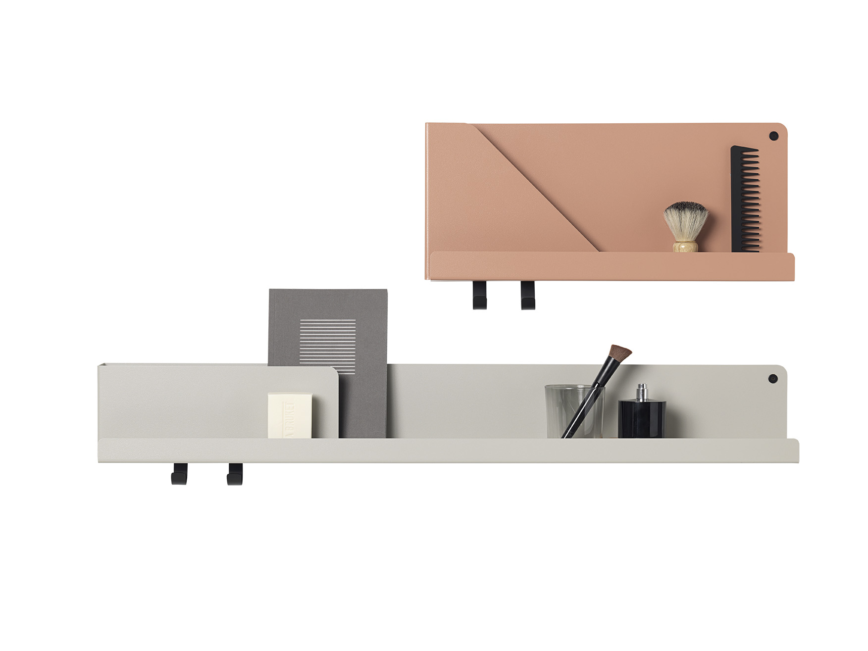 Mensola FOLDED SHELVES_Grande grigia_Media Terracotta_Muuto