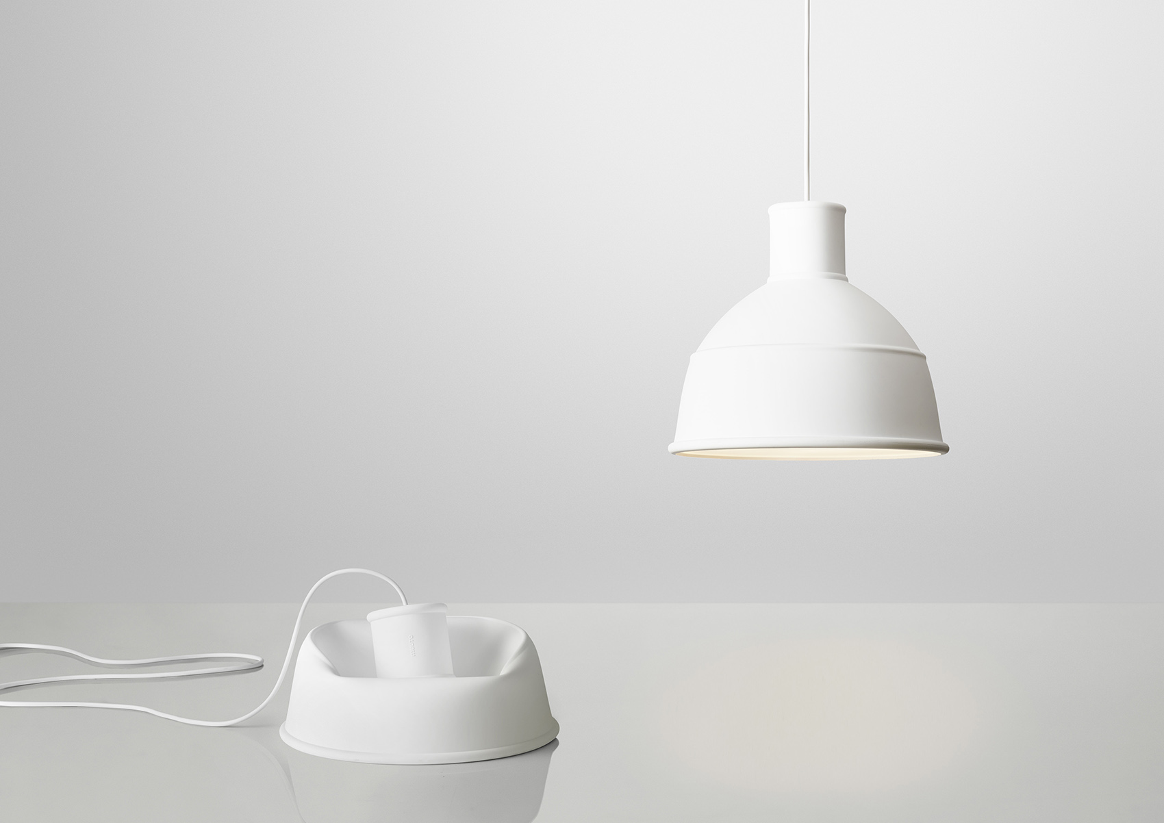 Unfold_white_2lamps
