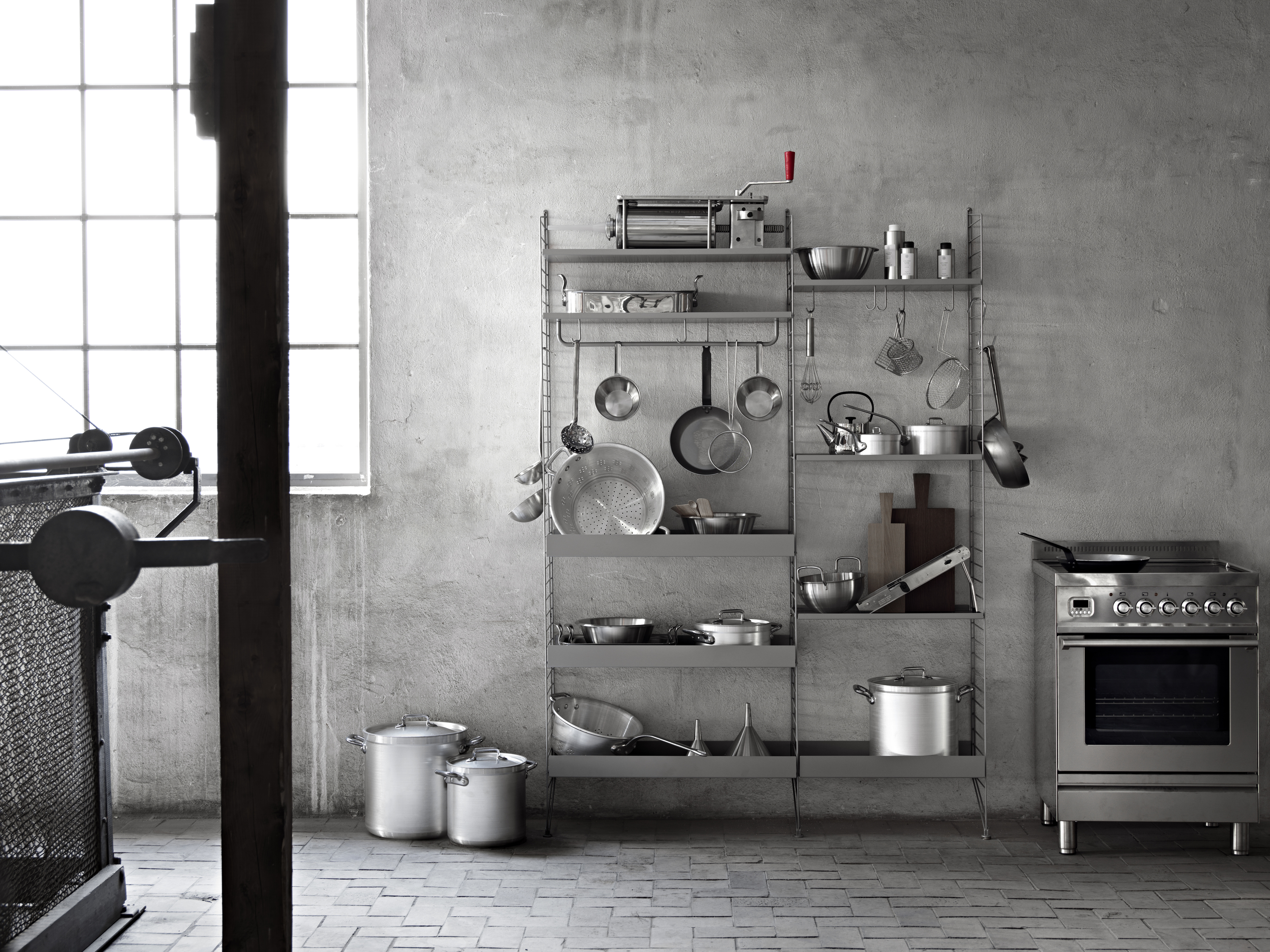 STRING GREY METAL SHELVES